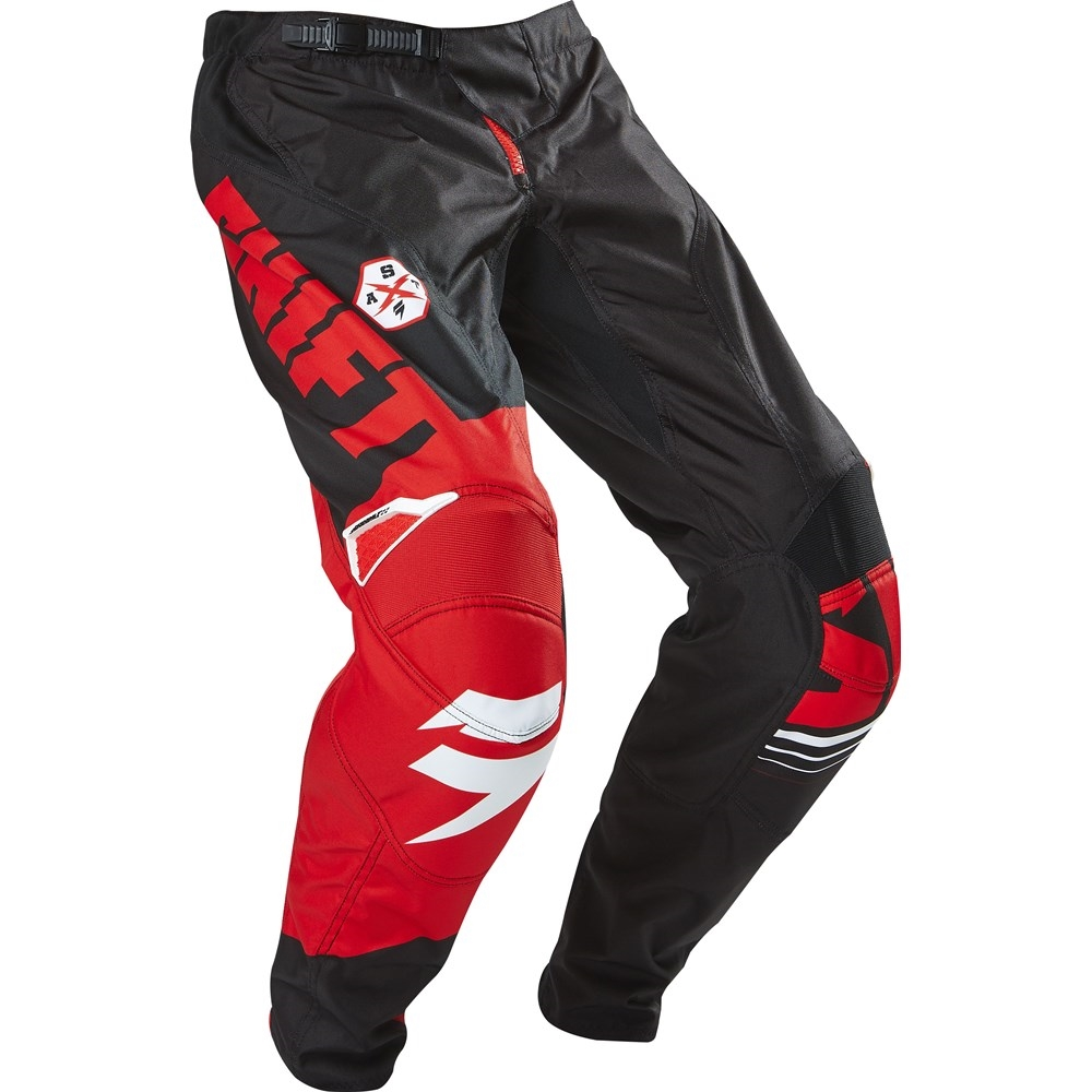 pantalon shift assault negro/rojo talle 38