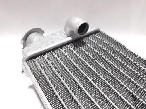 radiador izquierdo beta sin tapa